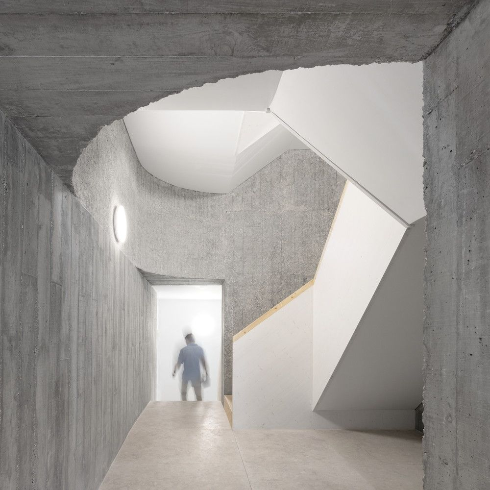 Galeria de Rua Rodrigo da Fonseca 49 / Appleton & Domingos - 1