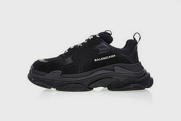 24 All Black Outfits for Men | Black balenciaga sneakers