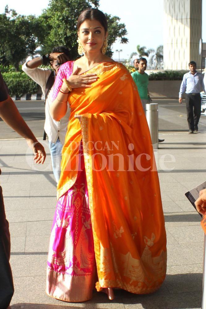 Glamorous Aishwaryarai In A Evergreen Banarasi Silk Saree Saree Latest Indian Saree Indian Sarees