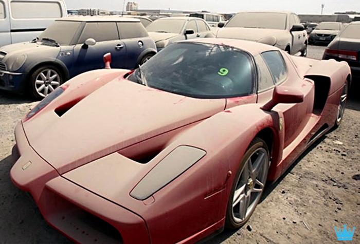 Luxury Car Graveyard In Dubai Makes Car Lovers Cry Http Www Ealuxe Com Luxury Car Graveyard Dubai Abandoned Cars In Dubai Abandoned Cars Sports Cars Luxury