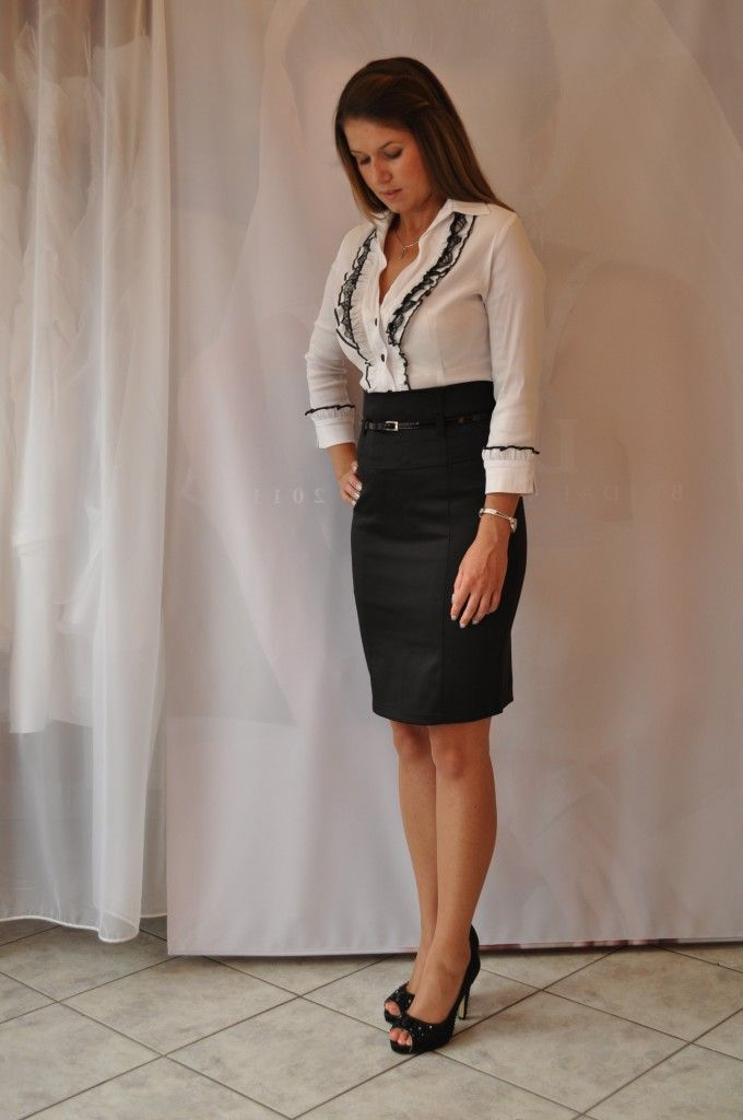 569a968f88 Ballagási kosztümök 011 | ruha | Leather Skirt, Leather és Fashion
