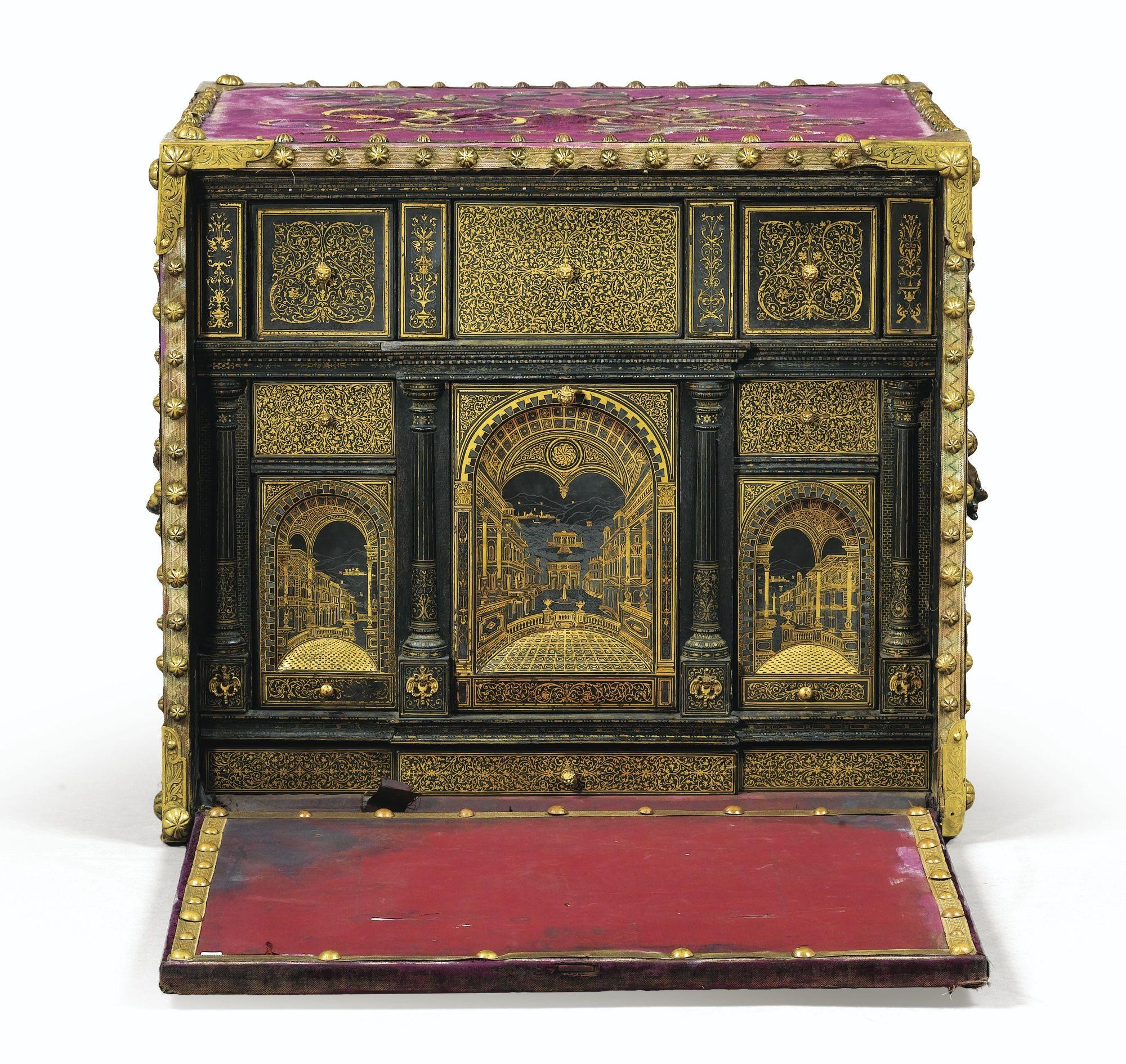 A Writting Cabinet Probably South German Partly Early 16th Century Boites Anciennes Mobilier De Salon Objet De Curiosite