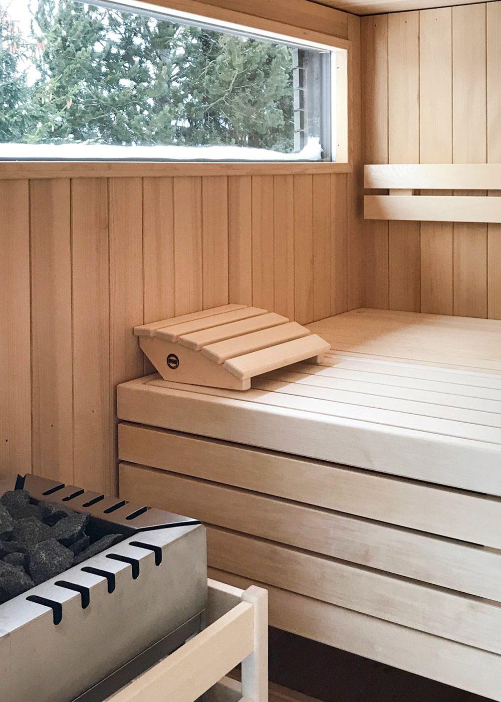 Individuelle Koerner Sauna Modus Mit Outdoor Paket Und Grossem Fenster Fur Einen Traumhaften Ausblick Sauna Sauna Ideen Outdoor
