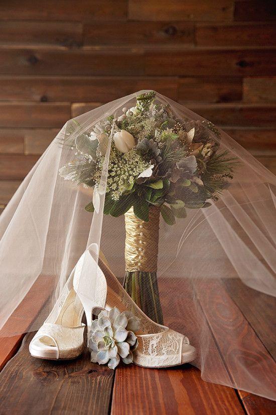 Modern Candlelight Wedding Ideas | Candle lit wedding ...