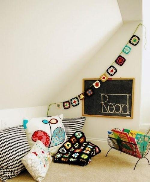 schwarzbrett kissen ideen leseecke im kinderzimmer einrichten, Schlafzimmer design