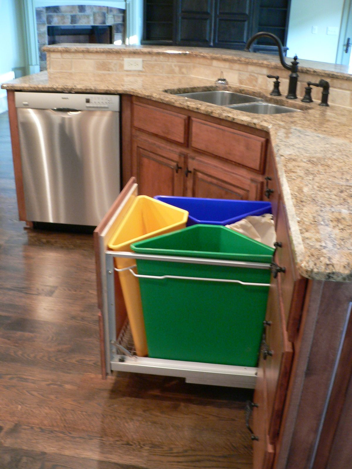 Trash Cans For Kitchen Kitchen Recycling System For The Home Pinterest