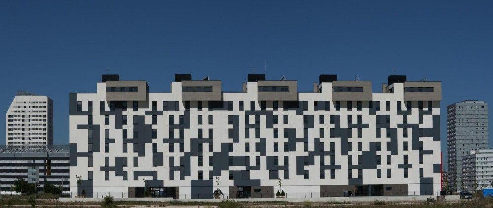 Edificio de 63 Viviendas en Arkayate / Patxi Cortazar
