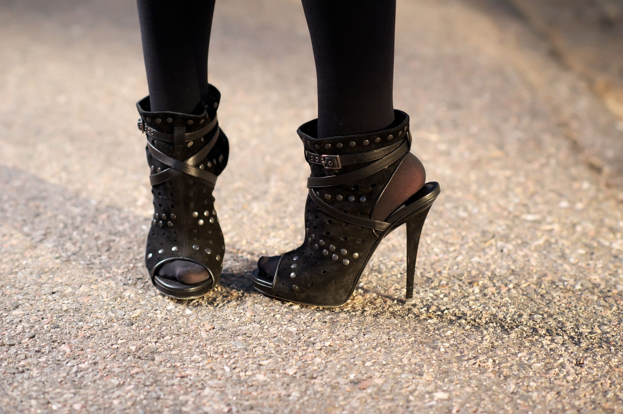 'jedd' Studded Sandals On Ofjacqueline Rose Jimmy The Choo Feet wNnv8m0