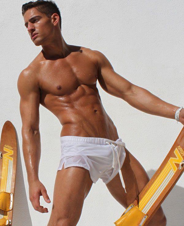 ea584e1cc0 17 Photos That Prove Short Swim Trunks For Men Are Heaven On Earth ...