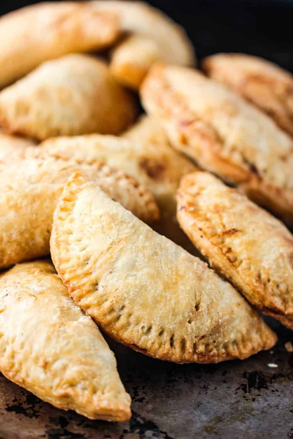 Making a Classic Meat Pie at Home (VIDEO)   How To Feed a ...