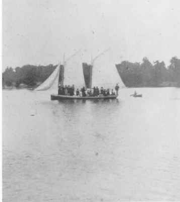 Curlew sailing boat