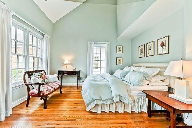 Wohlfühl Schlafzimmer Farben Für Erholsamen Schlaf Helle Mischfarbe  Blau Grün