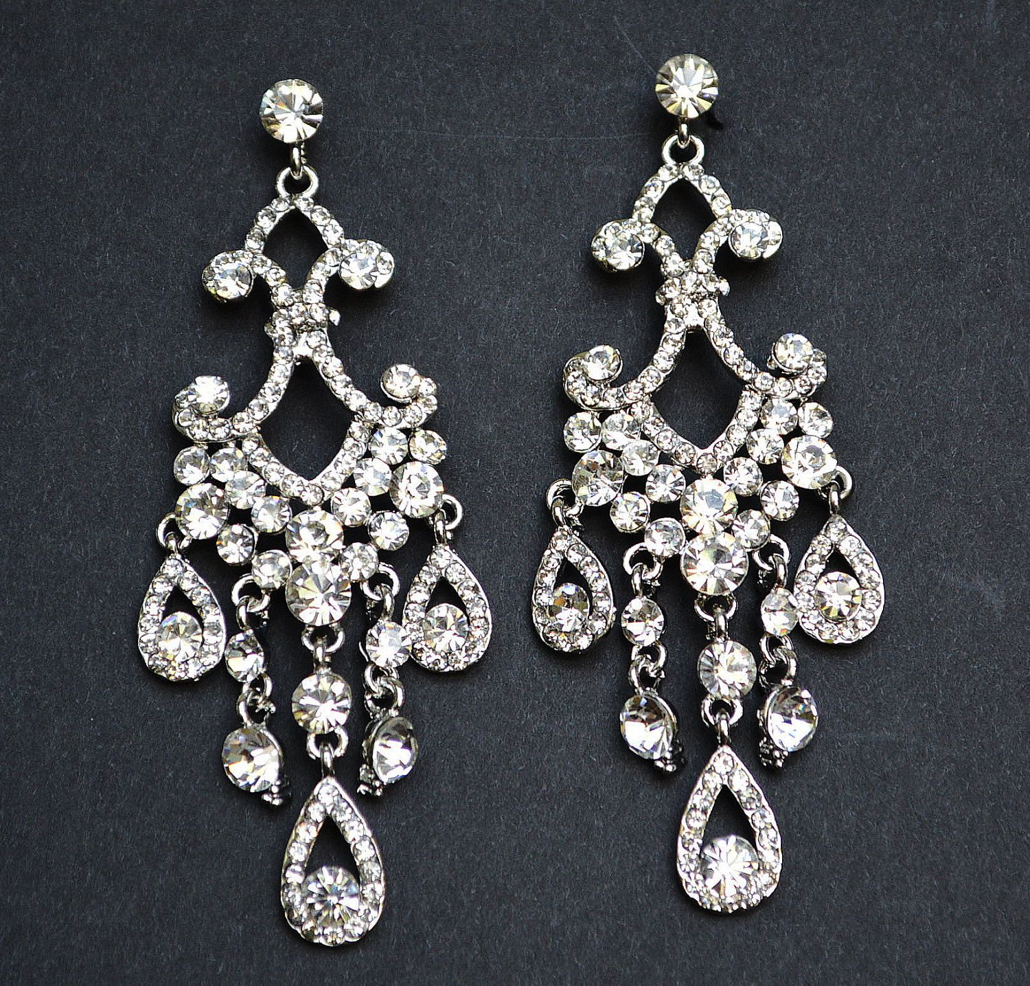 Vintage wedding earrings bridal earrings classic chandelier vintage wedding earrings bridal earrings classic chandelier earrings rhinestone earrings 3000 arubaitofo Gallery