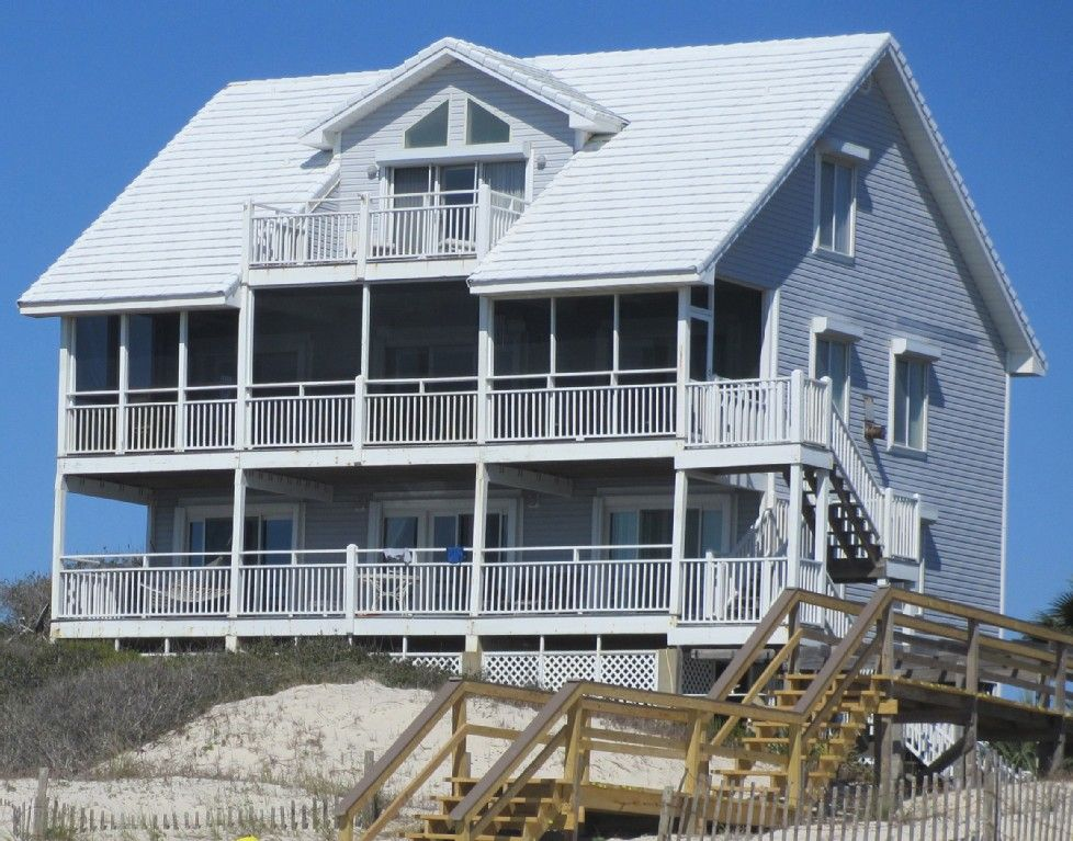 Swim On Inn To a Beachfront Home St Island