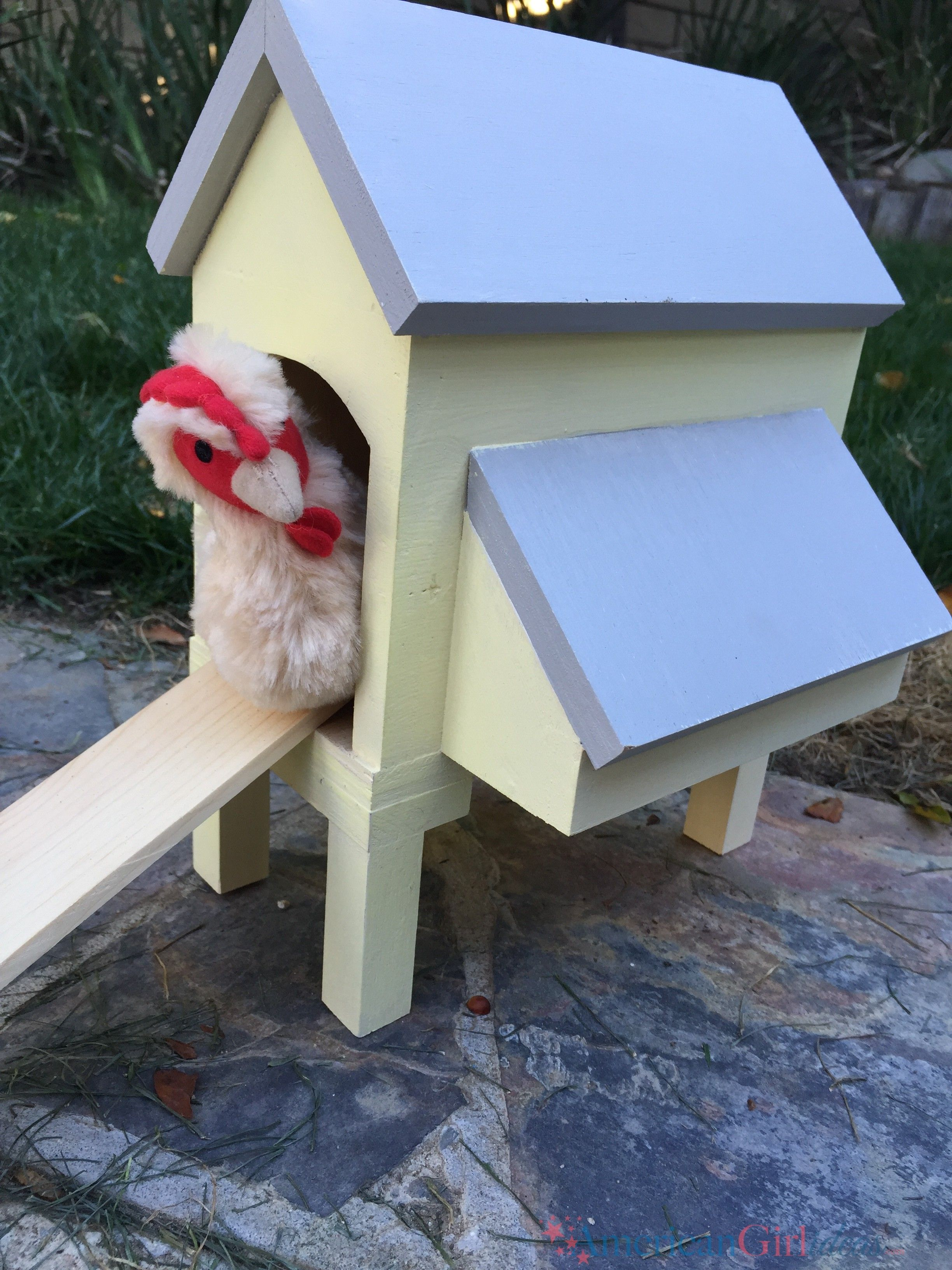 This American Girl Chicken Coop instructions are easy to follow. This is a fun and fast project. This chicken coop is very cheap to build. #americangirlhouse