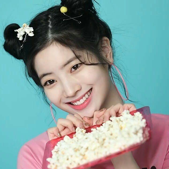 Dahyun Twice Beautiful Girl Wallpaper Dahyun Icon What Is Love Twice In 2019 Kpop Twice