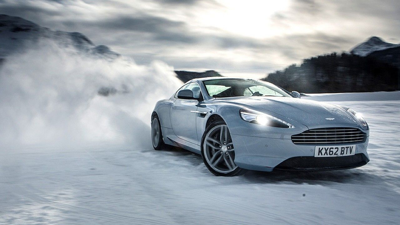 Sports cars driving in the snow Cool sports cars, Luxury