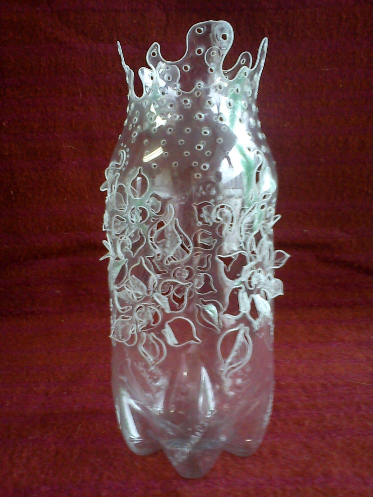 Garrafas pet decoradas artwork pinterest plastic for Plastic bottle art