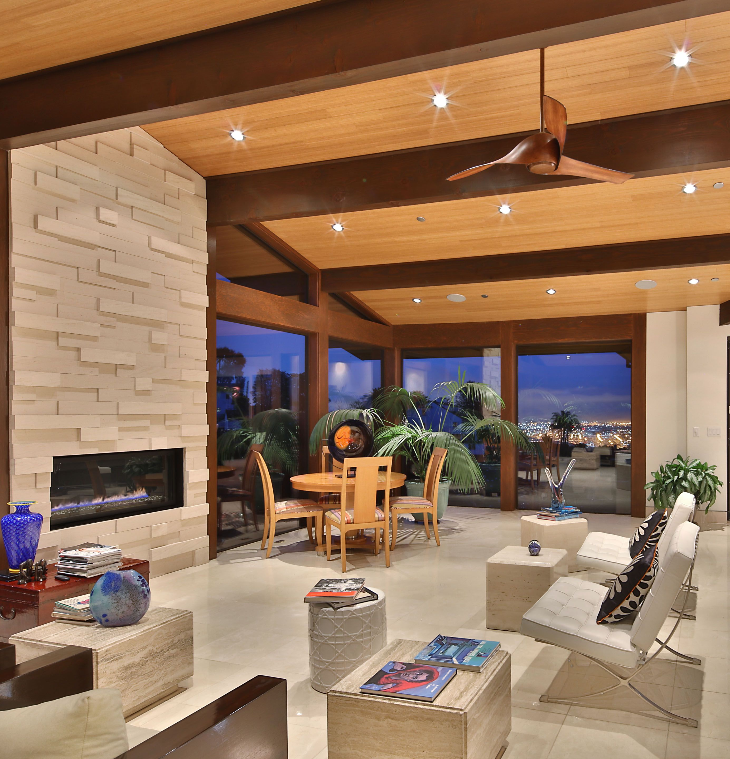 Modern Luxury Living Room With Wood Ceiling And City View Luxury Living Room Elegant Homes Luxury Living Room Design