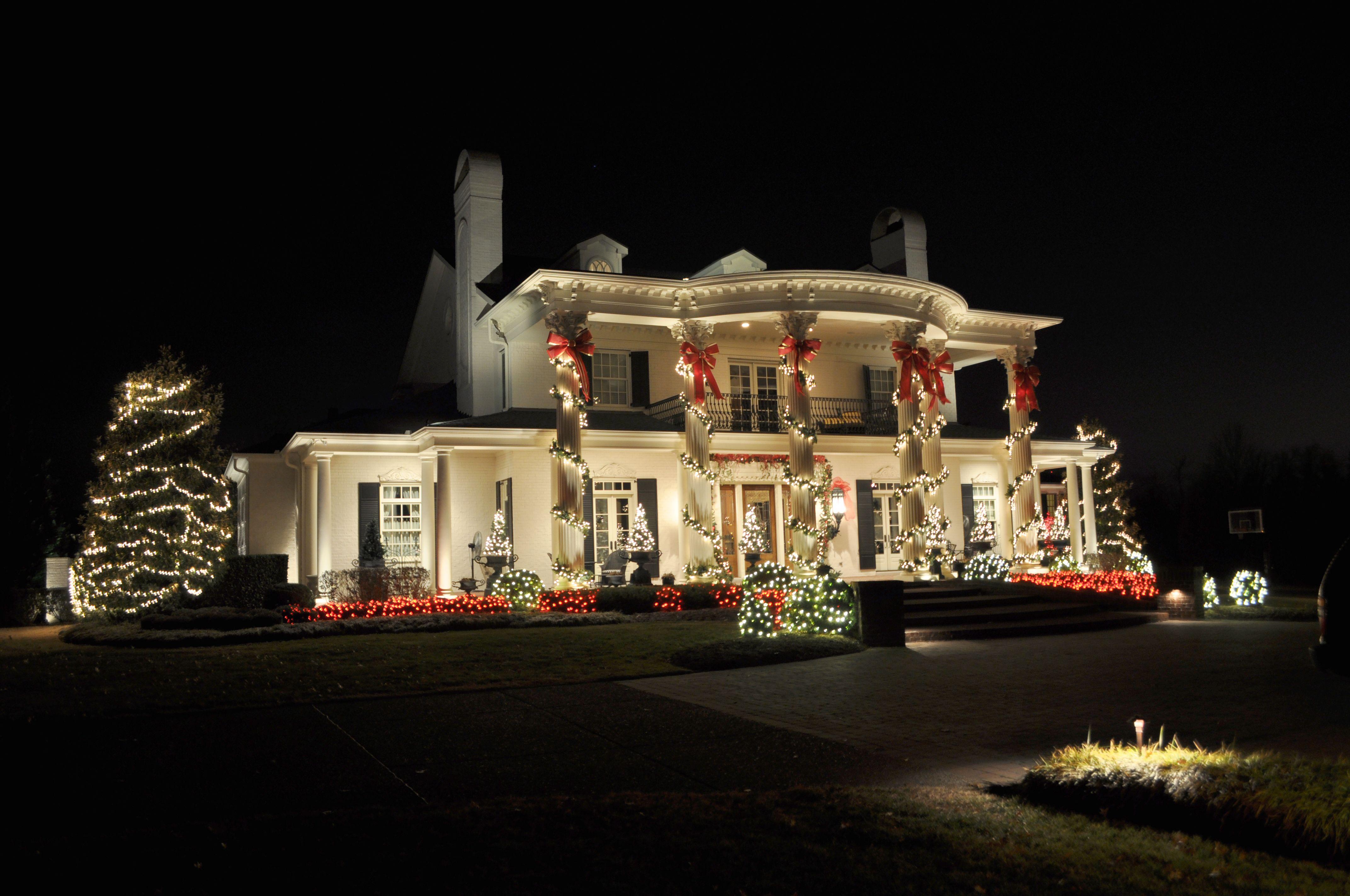 Creative 10 Ideas for Residential Lighting | Christmas lights ...