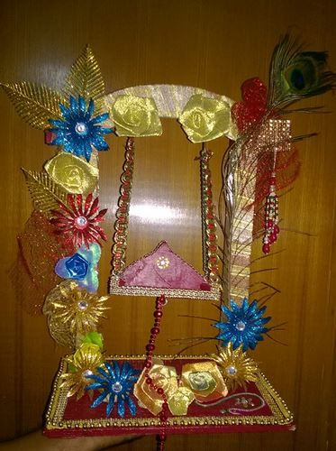 Janmashtami jhula decoration ideas decoration for pooja for How to make jhula at home