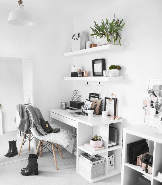 Photo of Minimal workspace interior design #interiorgoals #minimalinterior #interiordecor…