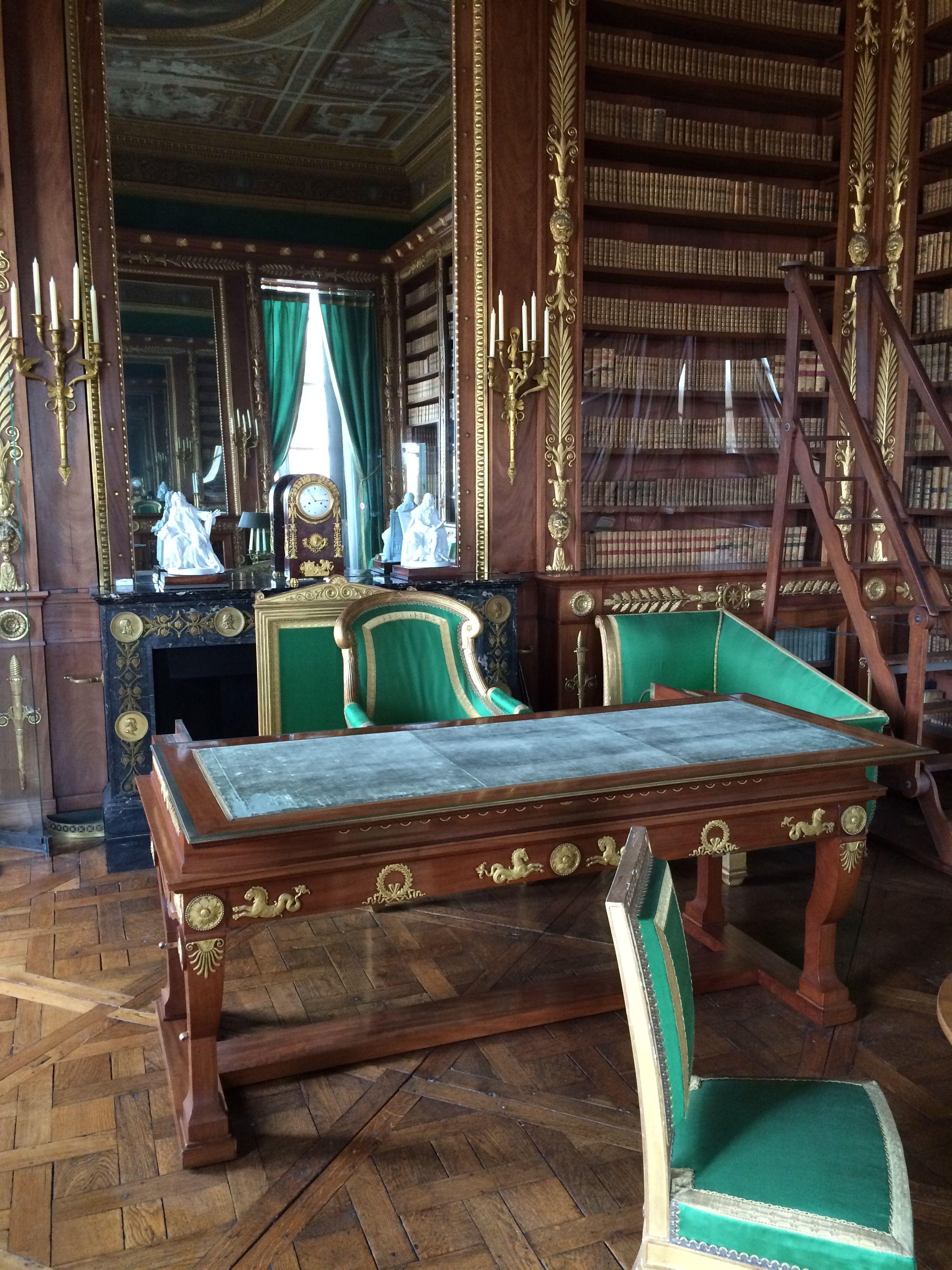 Bureau de Napoléon 1er à Chantilly | Napoleon, Napoleonic