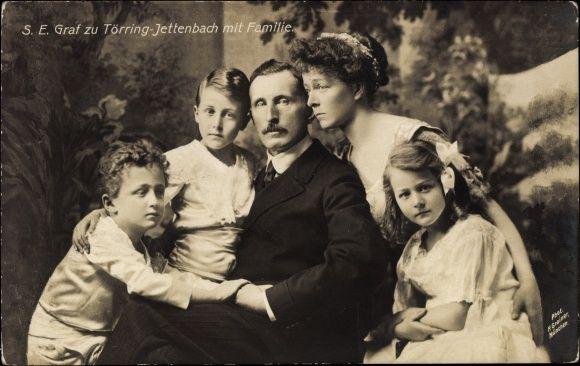 Princesse Sophie en Bavière (1875-1957) son mari Hans Veit de Toërring-Jettenbach (1862-1929) avec leurs 3 enfants Carl-Théodore (1900-1967) Marie-José Antonia (1902-1988) et Hans-Héribert (1903-1977)