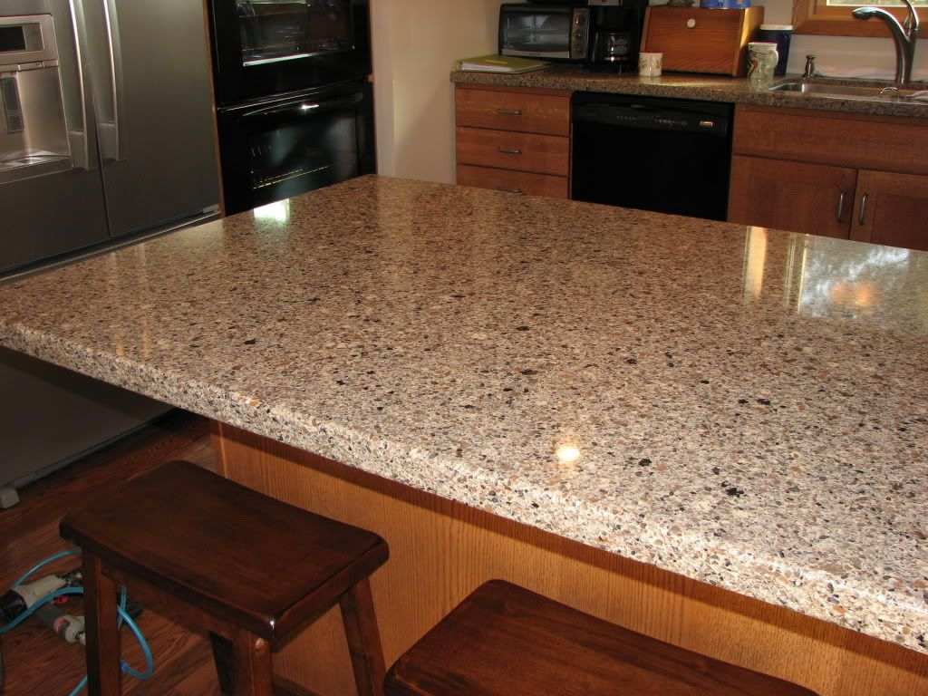 Sienna ridge silestone would love these countertops for Who makes quartz countertops