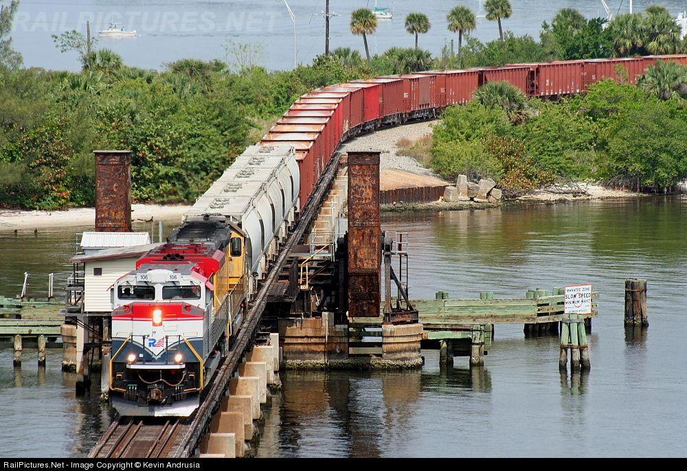 RailPictures.Net Photo: FEC 106 Florida East Coast Railroad (FEC) EMD SD70M-2 at Stuart , Florida by Kevin Andrusia
