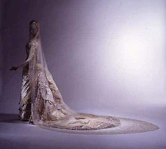 1880 Wedding ensemble via the Metropolitan Museum of Art; Gift of Mrs. H. Lyman Hooker, 1936