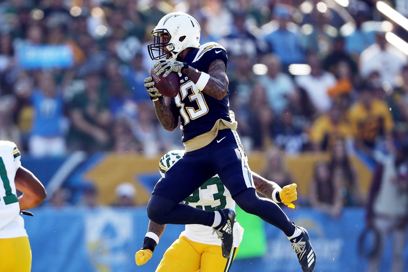 Chargers Packers Final Score Los Angeles Chargers Defeat The Green Bay Packers 26 11 Los Angeles Chargers Green Bay Nfl News
