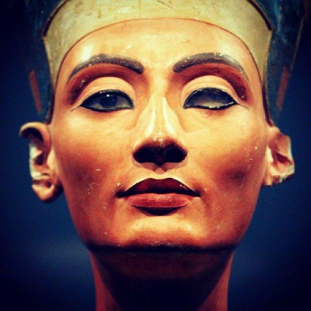 Museumsinsel Museum Island In 2020 Nefertiti Museum Island Ancient Egyptian Artwork