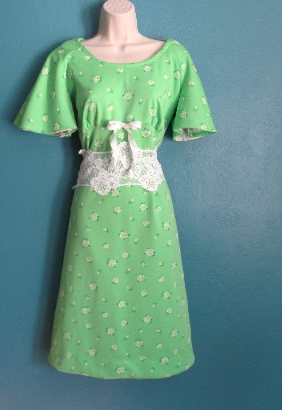 Icy Mint by Paulette Ross on Etsy