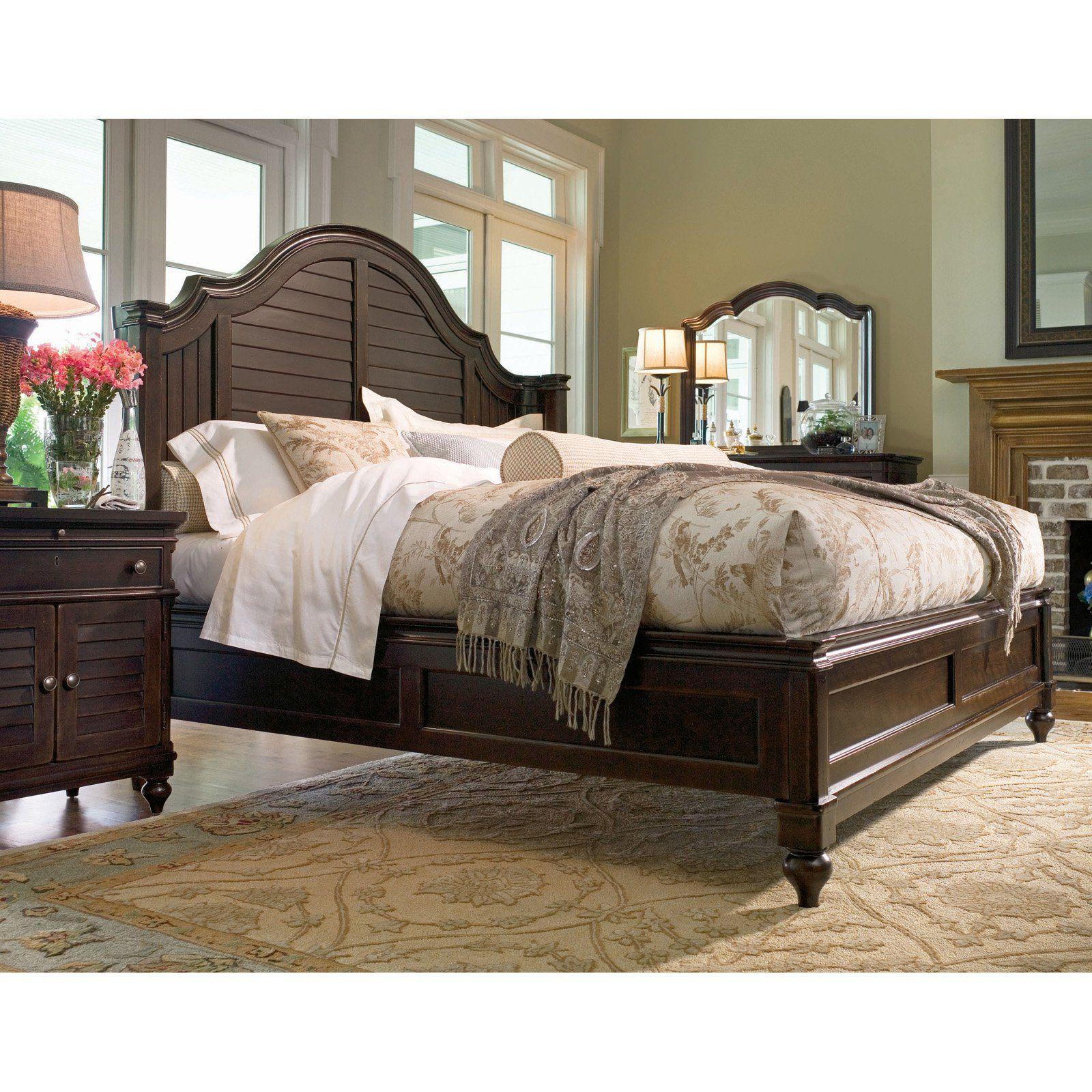 Paula Deen Home Steel Magnolia Mansion Panel Bed, Size: Queen