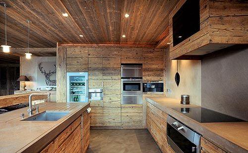 Warme gezellige woonkamer van chalet | kuxnya | Pinterest | Chalet ...