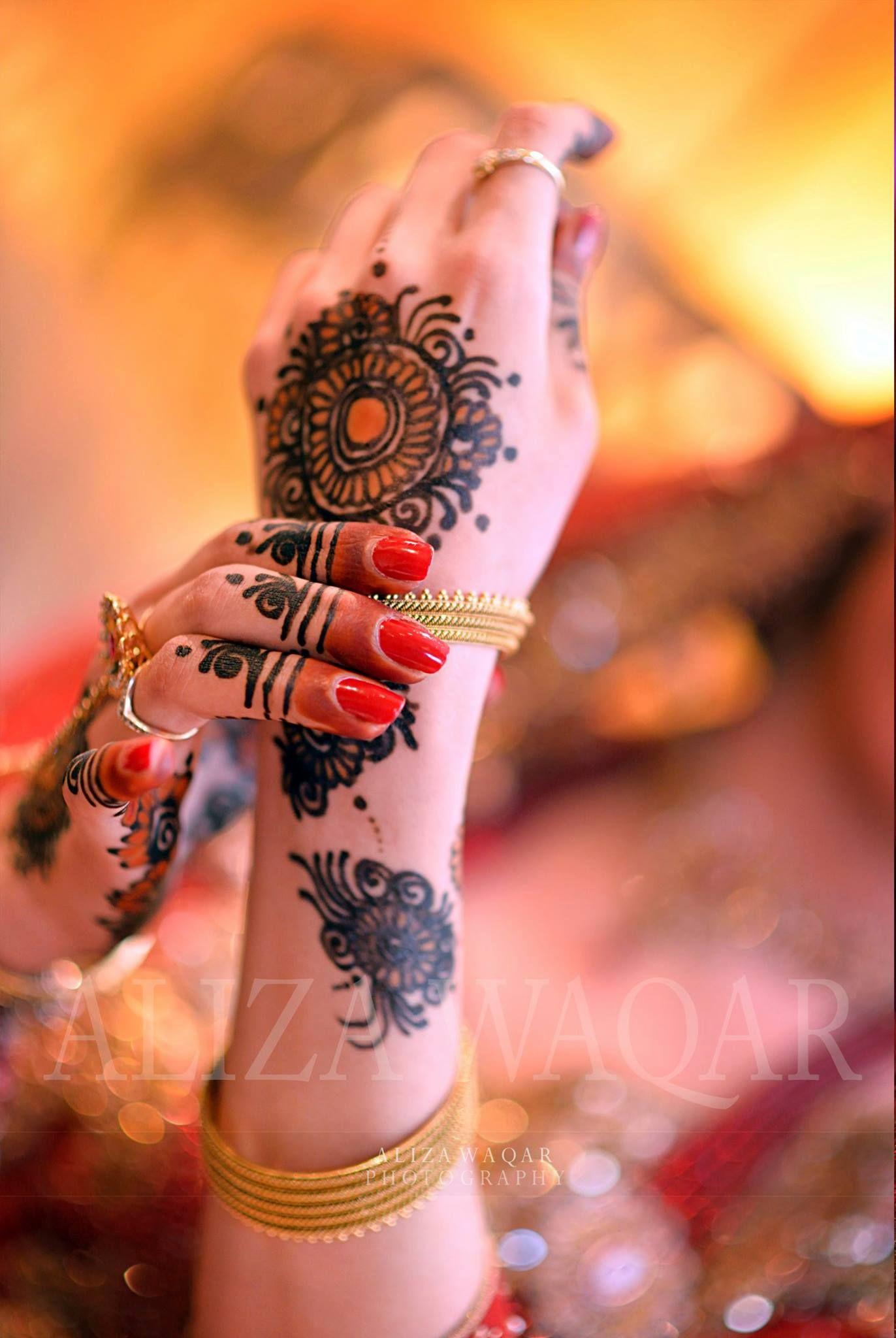 Aliza waqar photography | Mix bridal hands photography