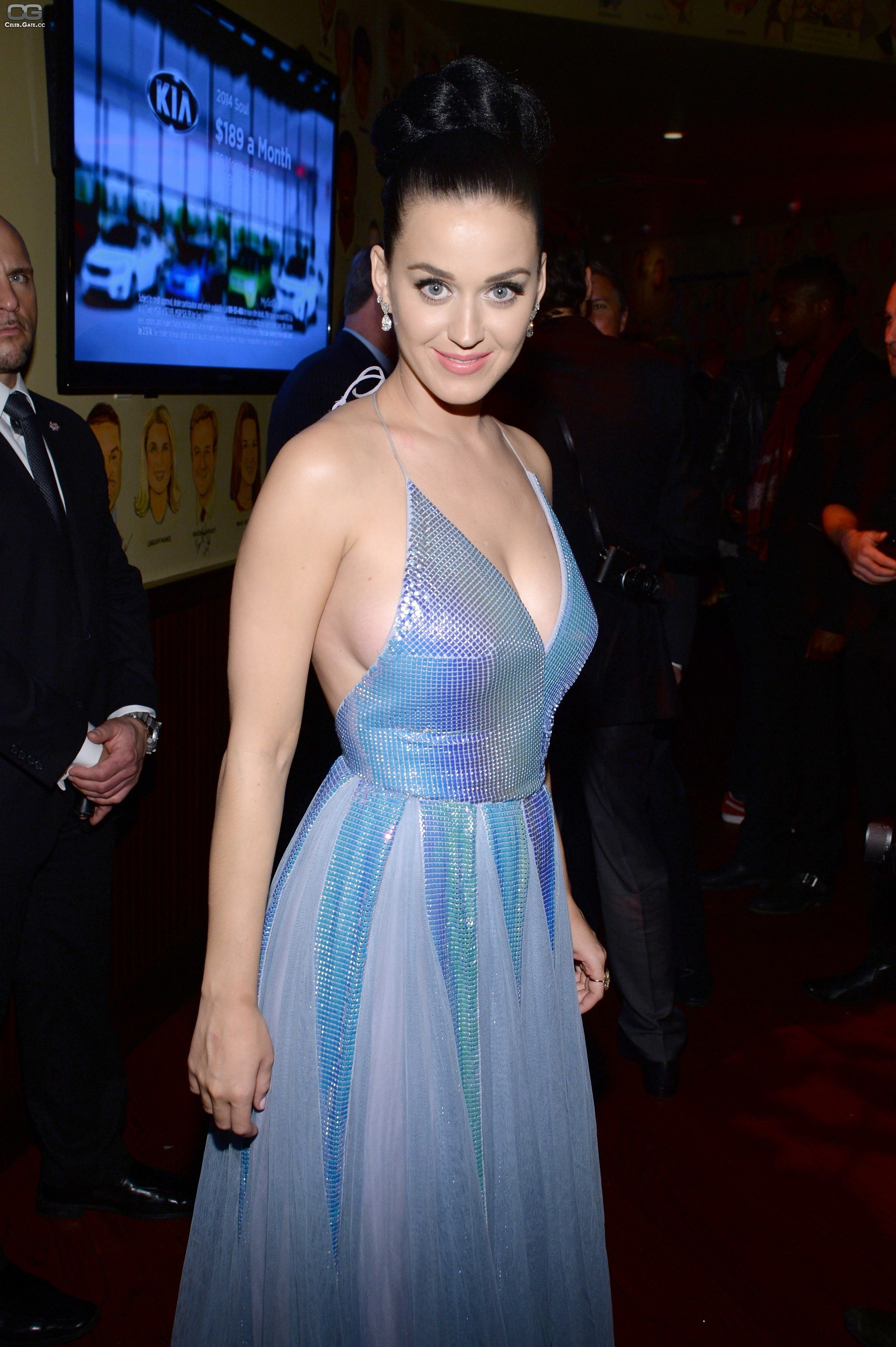 Watch Katy Perry Smiling Nude Pic video