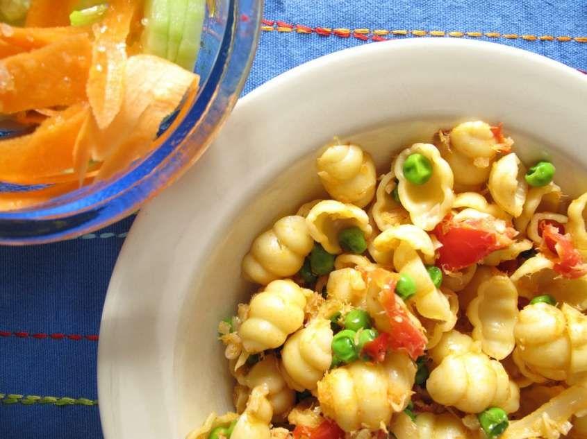 Un primo piatto gustoso e freddo, ideale per i caldi pranzi estivi!