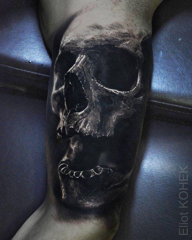 pin von mat nz auf tatouages pinterest tattoo ideen tattoo vorlagen und bizeps. Black Bedroom Furniture Sets. Home Design Ideas