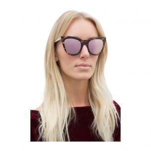 Óculos Le debutante haze - rose - O óculos de sol ganha modernidade a  partir da 9b941a2f34