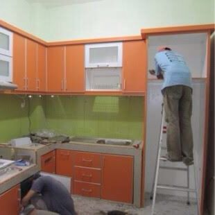 Kitchen cabinet with hpl laminated