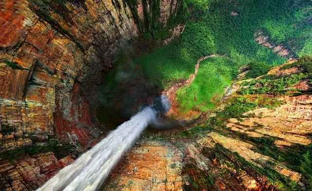 Vista Aérea Del Salto Churún Merú, A 10 Km De Kerepakupai Vena, Venezuela ·  Angel FallsBeautiful ...