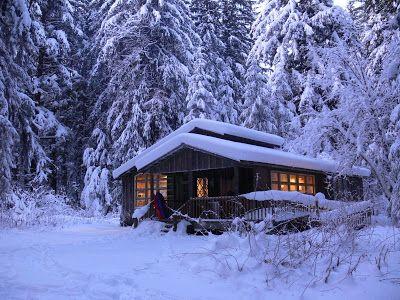 Cabin Living In Juneau Alaska Winter KabineGemutliche KabineCabin The WoodsHolzhuttenTraumurlaub