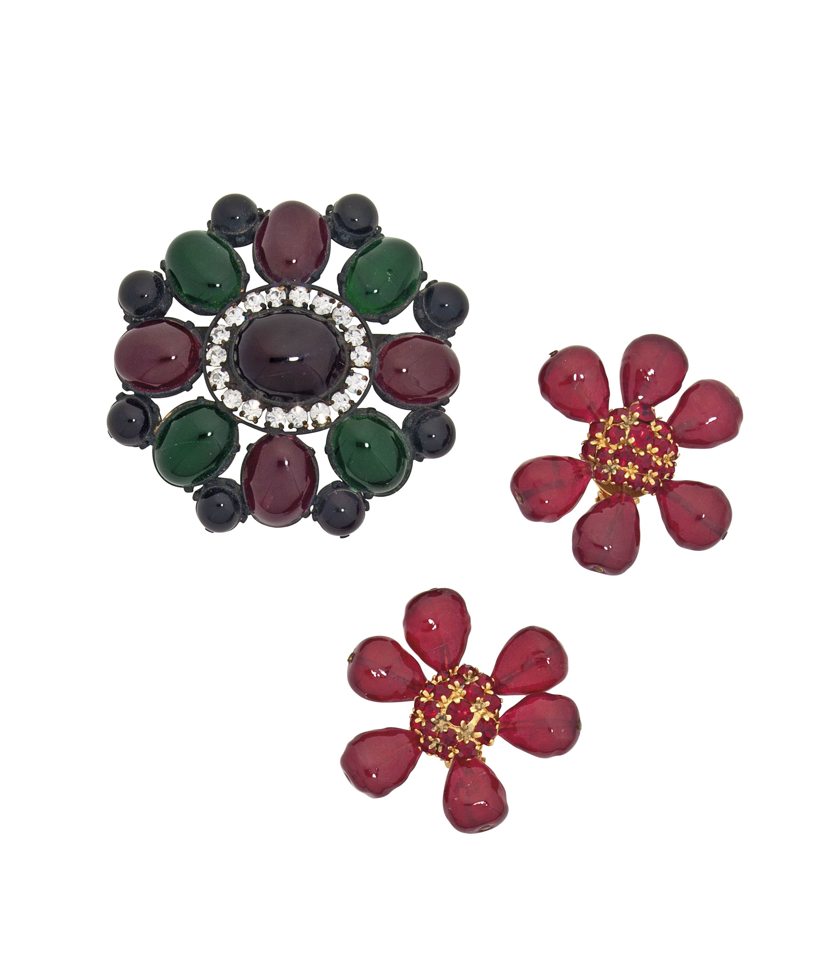 A LARGE, VICTORIAN STYLE BROOCH AND A PAIR OF RED FLORAL EARRINGS  CHANEL, 1970S