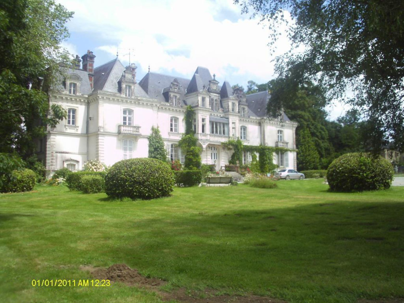 Pin by ohic on French castles less than 500