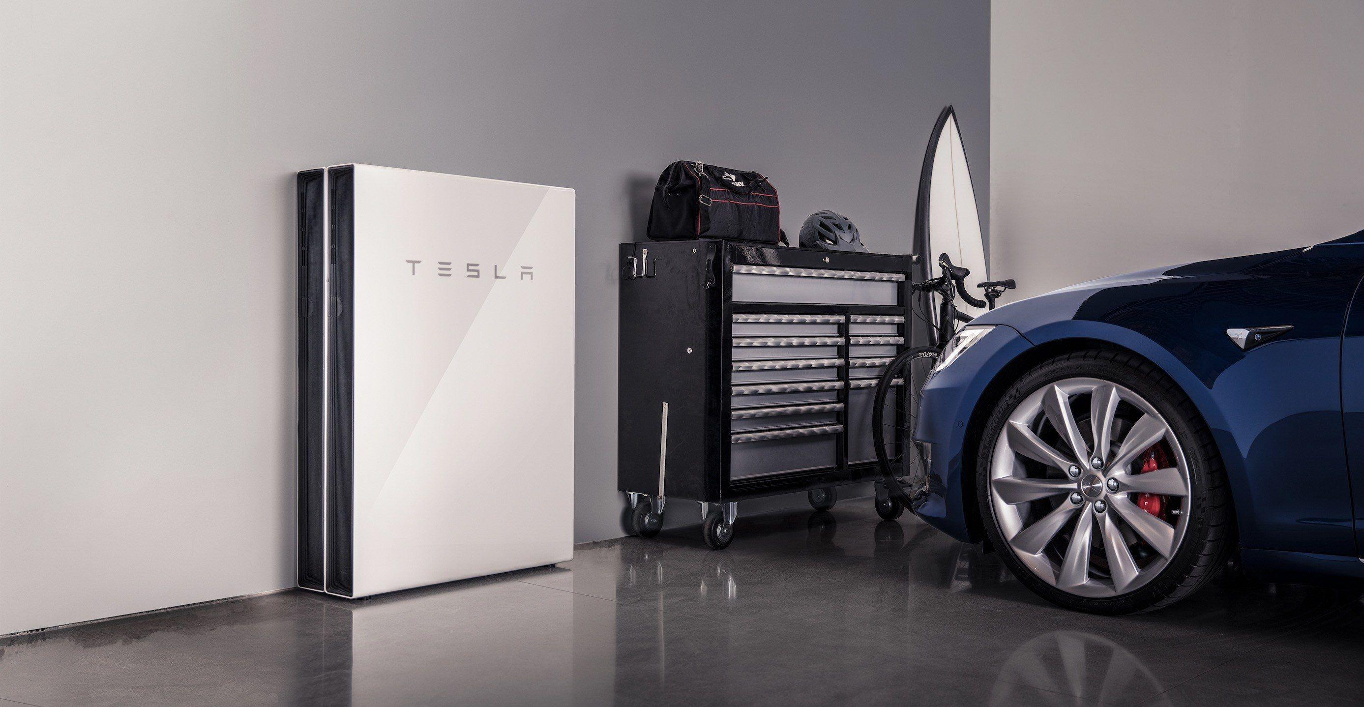 Tesla Powerwall Captures Majority Of Mindshare In Home Battery Market But Can T Deliver Report Says Electrek Tesla Powerwall Powerwall Solar Battery