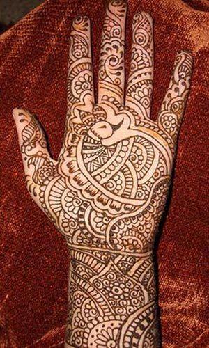 Peacock-based hand design.
