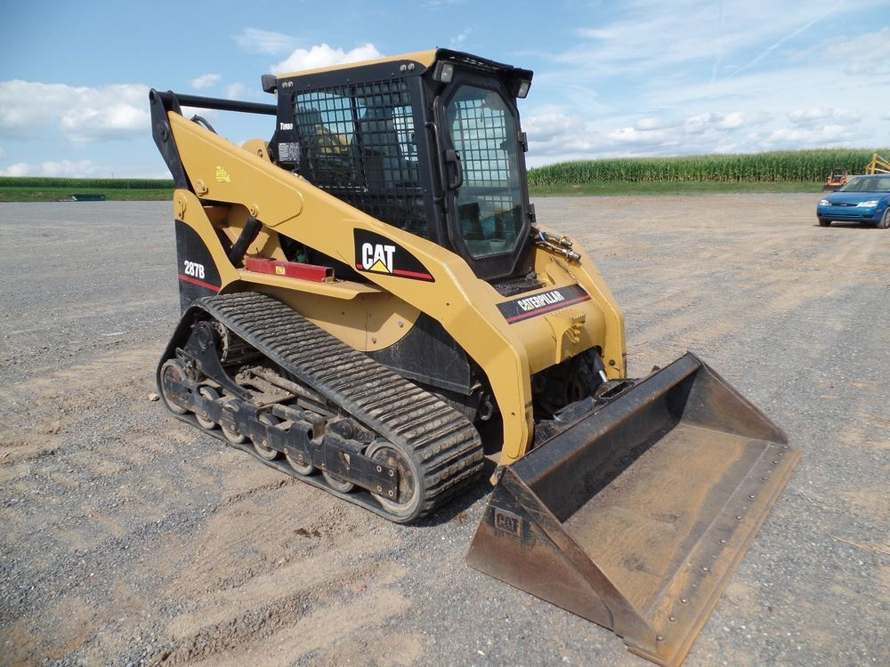 coloring bobcat track loader at yescoloring farm coloring pages 2005 cat caterpillar 287b skid steer loader hydraulic construction machine erops