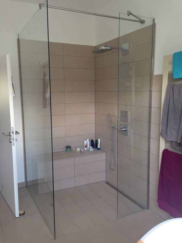 Rahmenlose walk in glasdusche nach ma dusche for Dusche idee